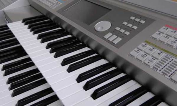 楽器をお求めの際も東和楽器にお任せ下さい。